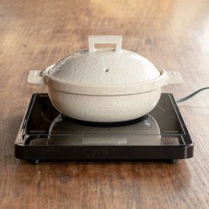 長谷園のIH対応キャセロール鍋