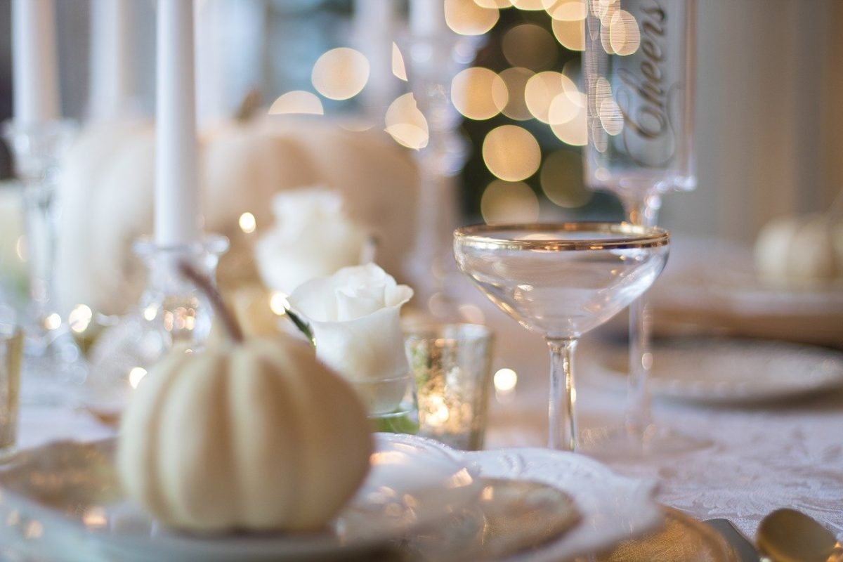 結婚祝いで食器を贈るのは縁起が良い?悪い?